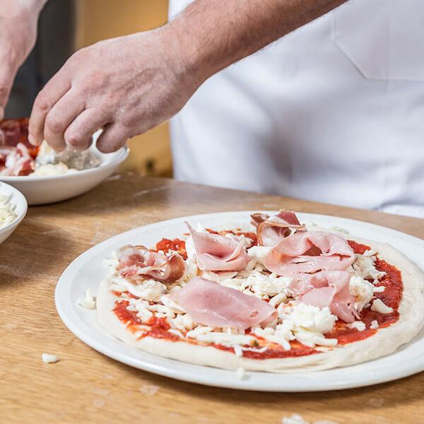 Pizzeria-Al-Pomodoro-22
